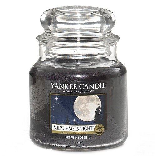Scented Candle Shop is the one stop shop for all your scented and decorative candles. We sell branded scented candles including Yankee Candles, Price's Candles, dinner candles, candle holders and more. We are UK based and offer free next day shipping.