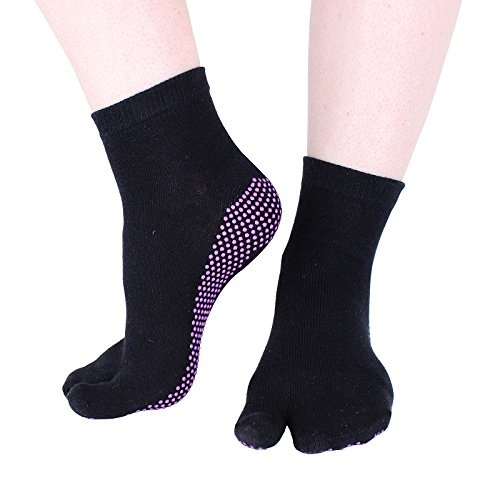 Hoopomania-One-Toe-Yoga-socks-with-anti-slip-effect-by-rubber-nubs-in-black-S